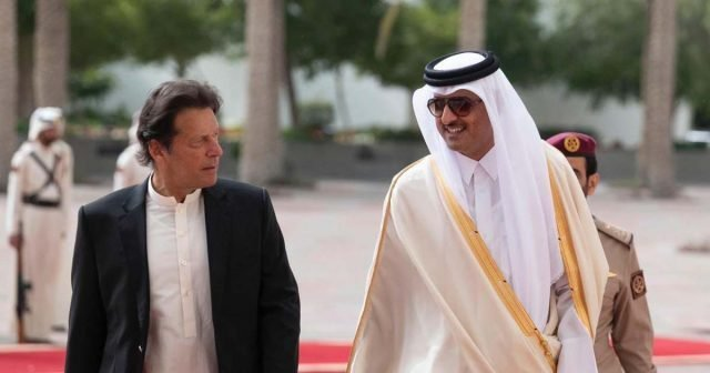 Emir Qatar brings economic incentives in his two-day visit to Pakistan