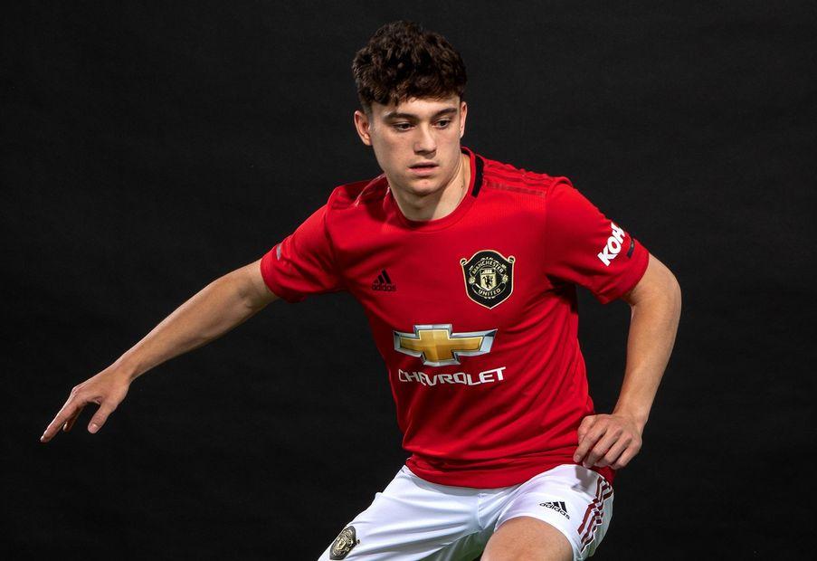low priced 04c86 ea2fb Daniel James has now equaled Alexis Sanchez's Man United PL ...