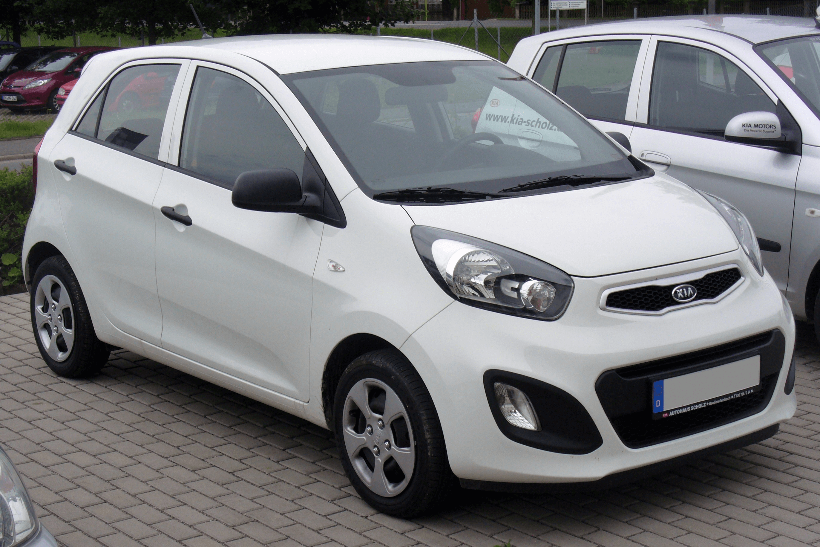 Kia To Sell Picanto With Price Around 20 Lac Following Steps Of Big 3
